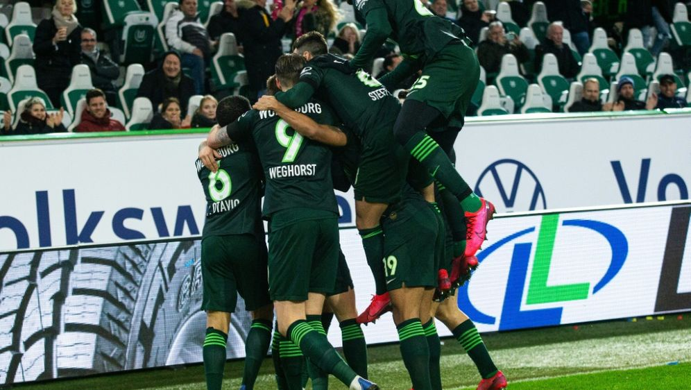 Wolfsburg besiegt Mainz mit 4:0 - Bildquelle: FIROFIROSID