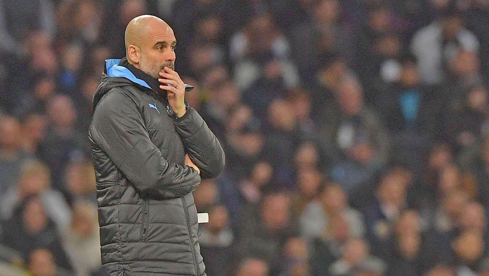 Pep Guardiola will bei Manchester City bleiben - Bildquelle: imago