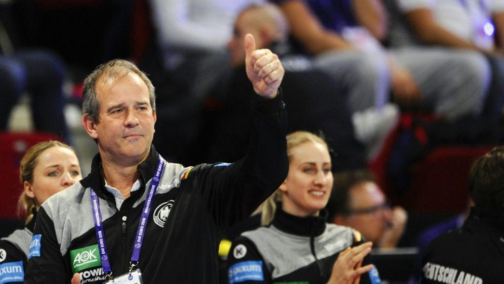 Top: Trainer Henk Groener hat keine personellen Sorgen - Bildquelle: AFPSIDJEAN-CHRISTOPHE VERHAEGEN