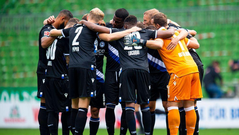 Arminia Bielefeld holte vier Punkte aus den ersten drei Bundesliga-Spielen. - Bildquelle: imago images/Noah Wedel