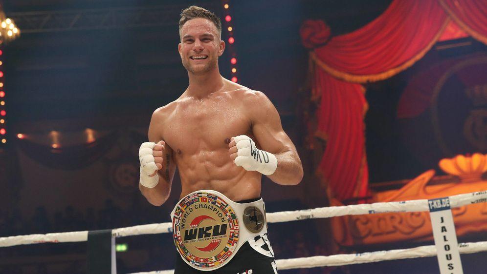 """Kickboxer und Weltmeister - das ist Sebastian Preuss -und nun der neue """"Bac... - Bildquelle: imago sportfoto"""