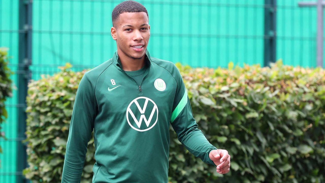 Aster Vranckx (VfL Wolfsburg) - Bildquelle: imago images/regios24