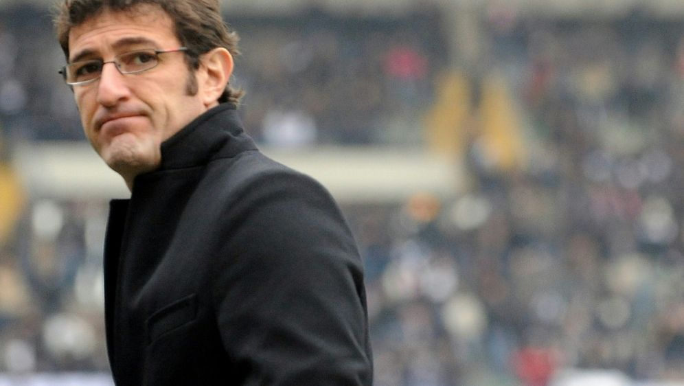 Ferrara trauert um seinen ehemaligen Mitspieler Maradona - Bildquelle: AFPSIDTIZIANA FABI