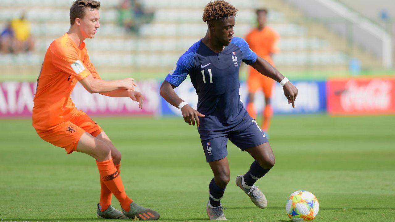 Nathanaël Mbuku (19 Jahre, Frankreich, Stade Reims) - Bildquelle: imago images/Fotoarena