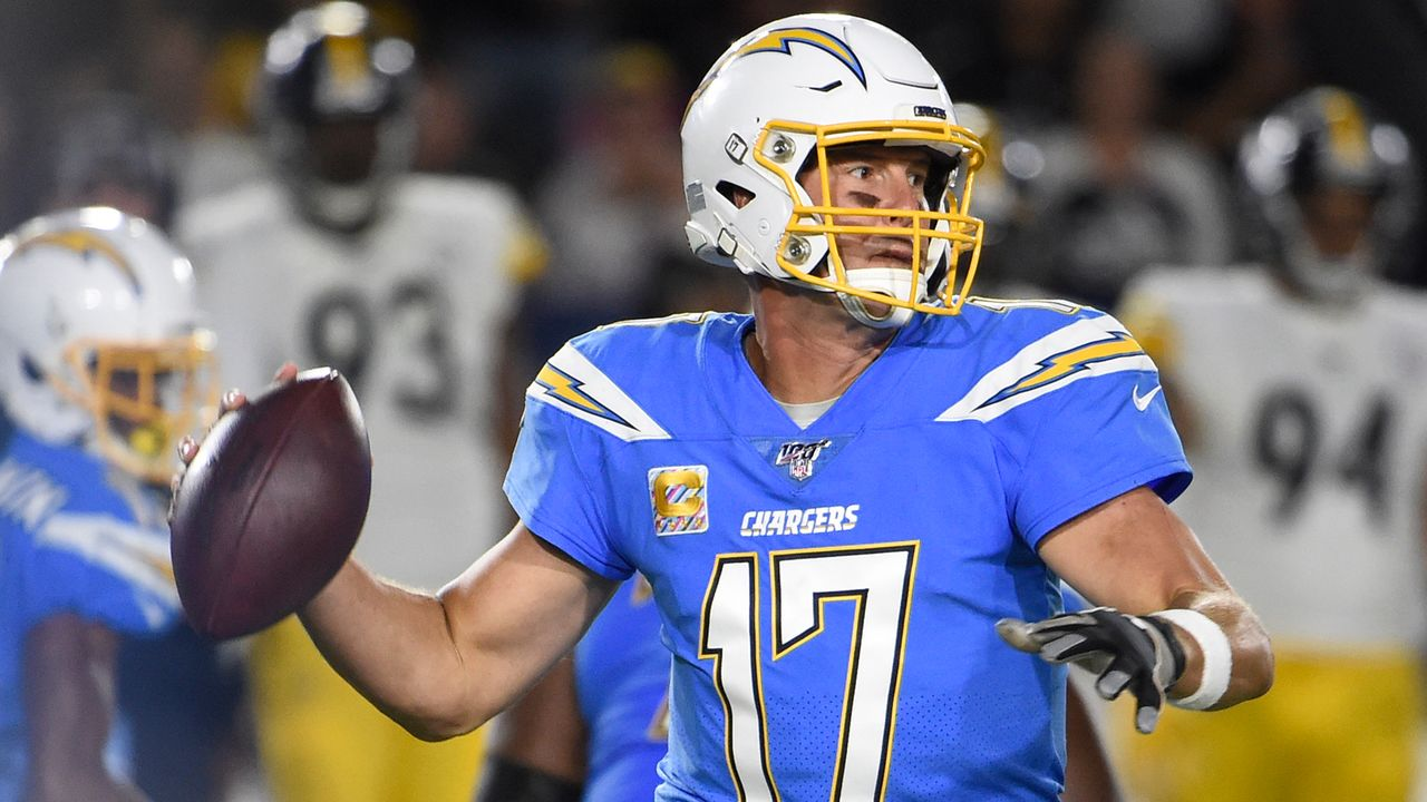 Start: Quarterback Philip RIvers - Bildquelle: Getty Images