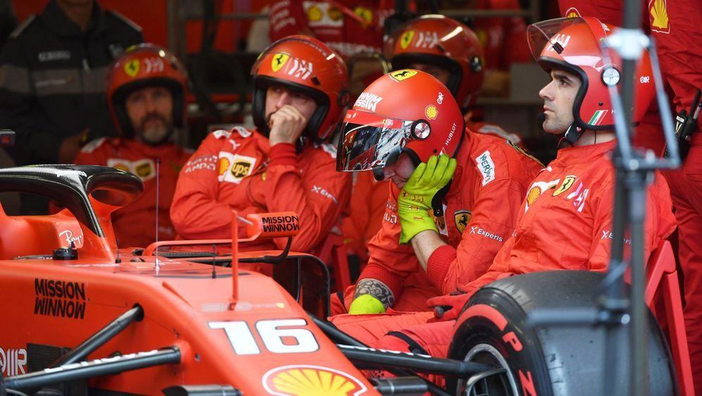 Ferrari-Teamchef Mattia Binotto fühlt sich in Maranello aktuell an die Jahre... - Bildquelle: LAT