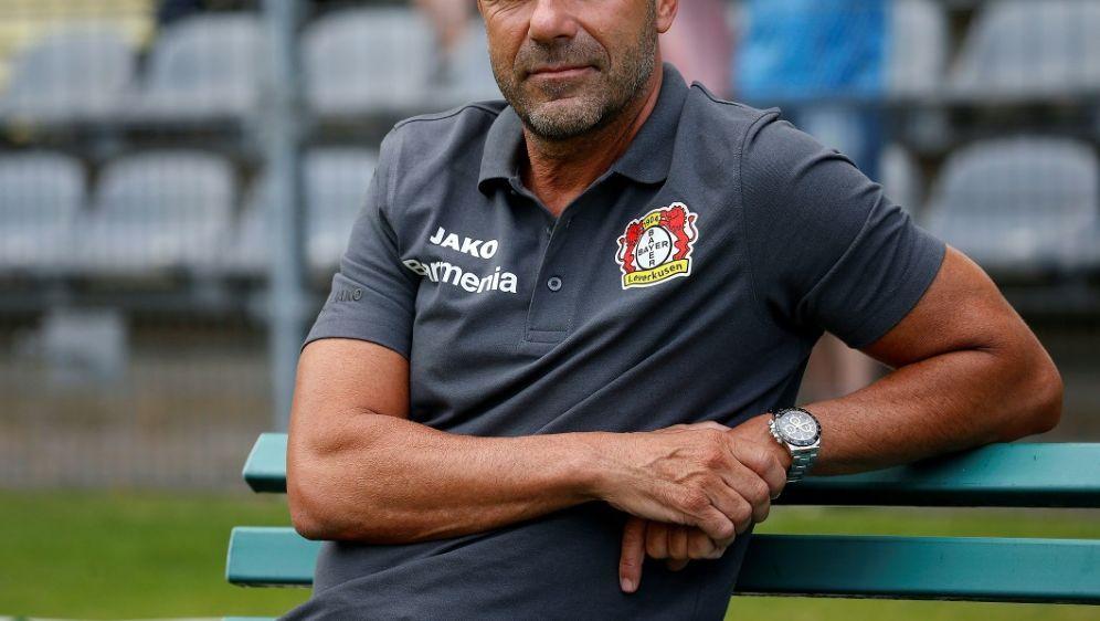 Leverkusen will eine Vertragsverlängerung mit Peter Bosz - Bildquelle: PIXATHLONPIXATHLONSID
