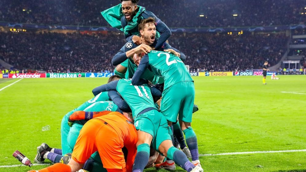 Tottenham schafft den Finaleinzug in letzter Sekunde - Bildquelle: FIROFIROSID