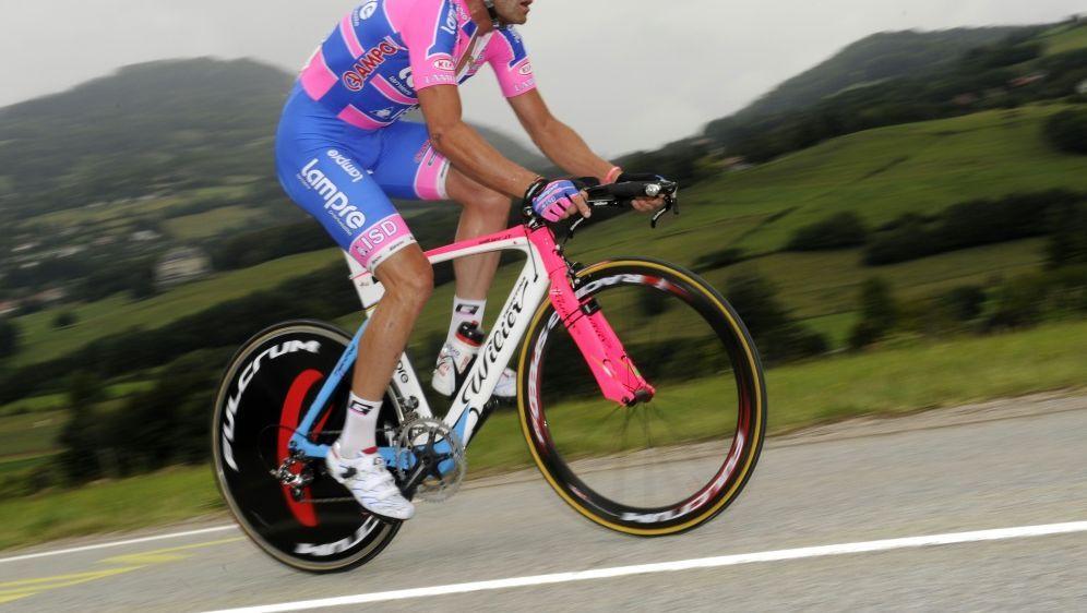 Steht unter Doping-Verdacht: Alessandro Petacchi - Bildquelle: AFPSIDLIONEL BONAVENTURE