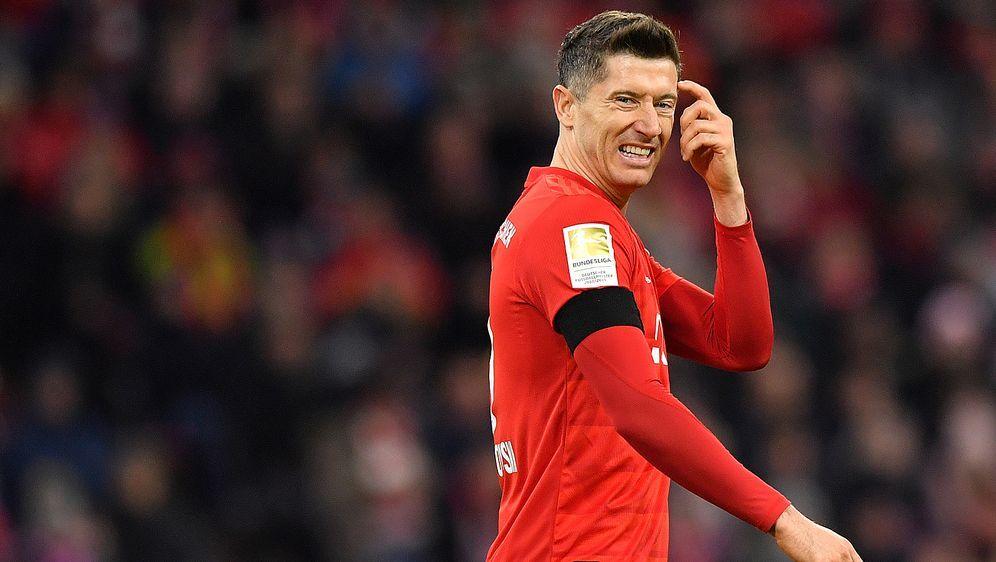 Wie kann der FC Bayern München seinen Verlust kompensieren? Robert Lewandows... - Bildquelle: Getty Images