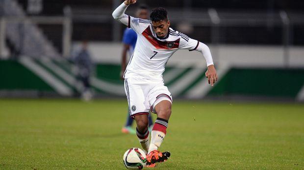 Abwehr - Benjamin Henrichs (Bayer Leverkusen) - Bildquelle: 2015 Getty Images