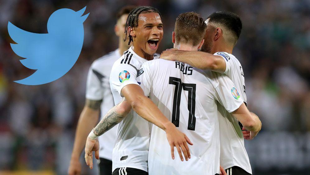 Das Netz hatte seinen Spaß mit dem Quali-Spiel Deutschland gegen Estland. - Bildquelle: imago/Twitter