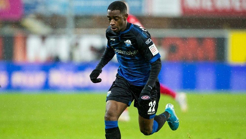 Antwi-Adjei brachte Paderborn mit seinem Tor in Führung - Bildquelle: FIROFIROSID