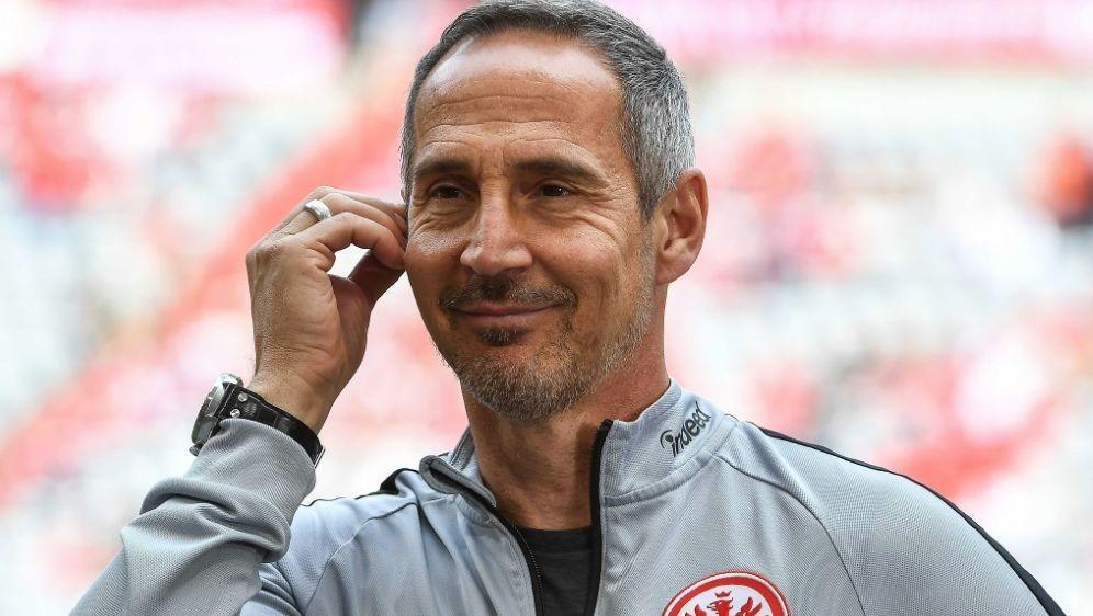Adi Hütter freut sich über den Sieg - Bildquelle: PIXATHLONPIXATHLONSIDChristian Kolbert