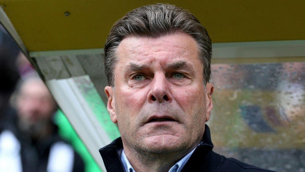 Dieter Hecking plagen gegen Nürnberg Verletzungssorgen - Bildquelle: FIROFIROSID