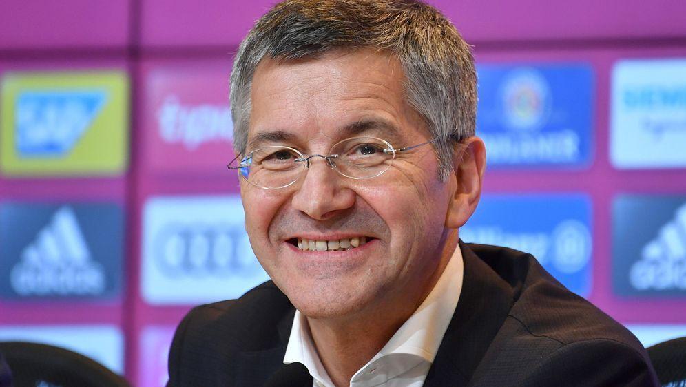 Bayern-Präsident Herbert Hainer hat ehrgeizige Ziele - Bildquelle: 2020 imago