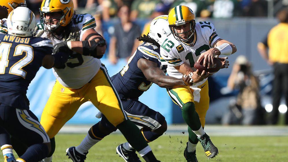 Für Aaron Rodgers und die Packers gab es bei den Chargers nichts zu lachen. - Bildquelle: 2019 Getty Images