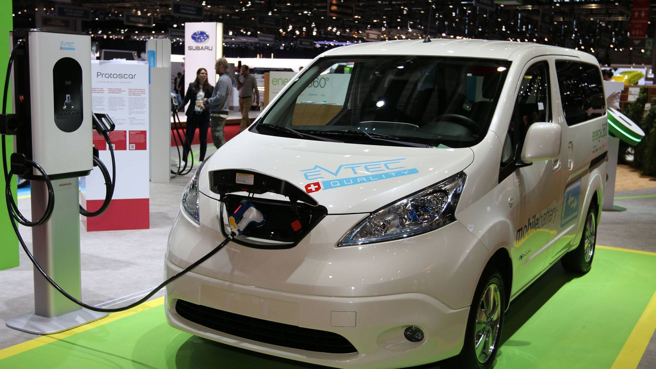 Nissan e-NV200 Evalia - Bildquelle: imago images / Sebastian Geisler