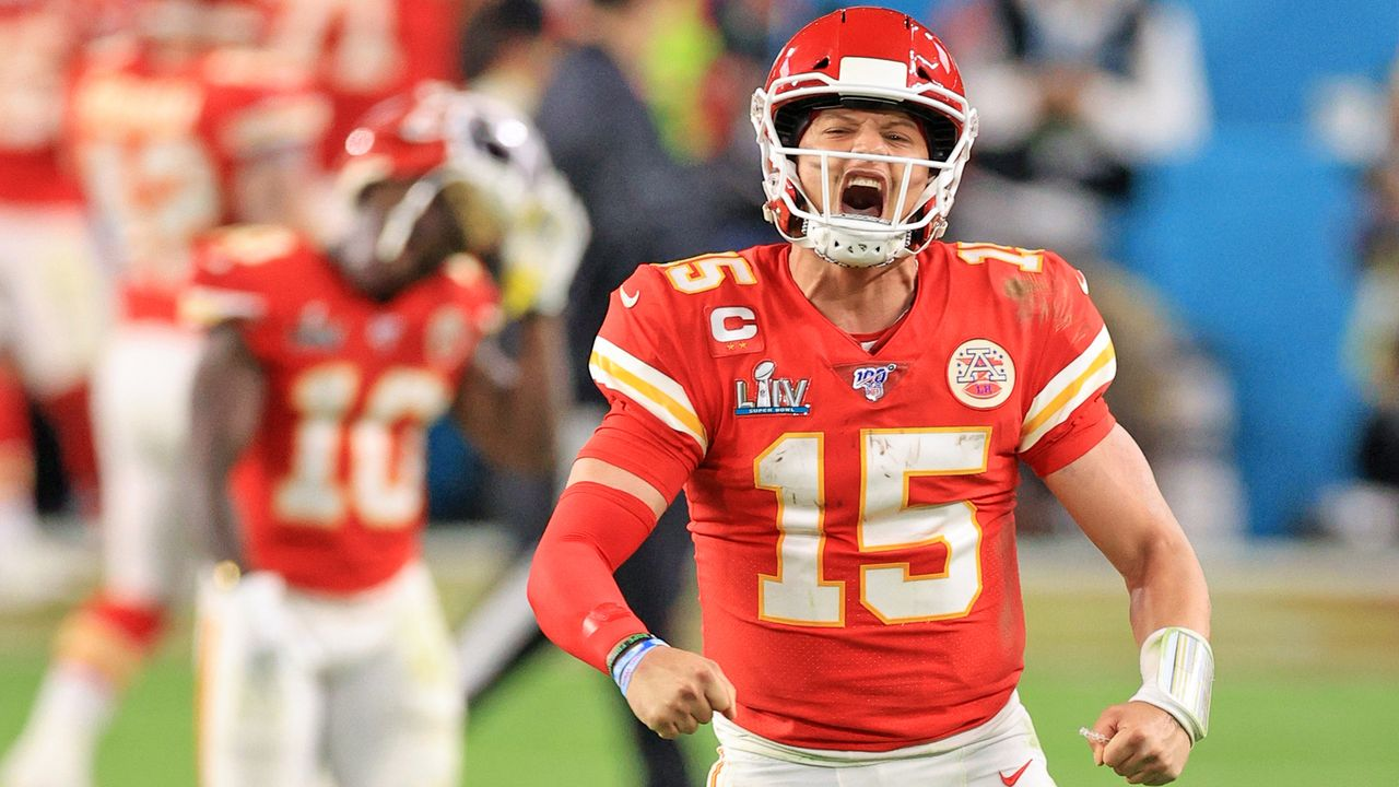 Platz 1: Patrick Mahomes (Kansas City Chiefs) - Bildquelle: 2020 Getty Images