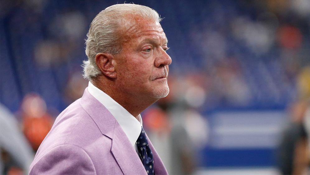 Colts-Owner Jim Irsay zeigt sich optimistisch. - Bildquelle: Getty Images