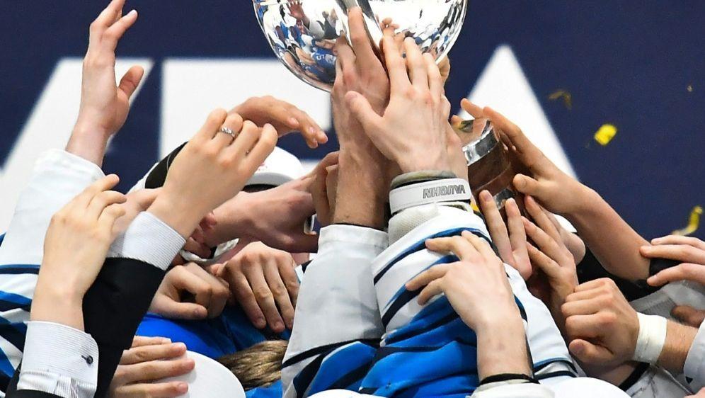 Eishockey-WM um zwei Wochen verschoben - Bildquelle: AFPSIDJOE KLAMAR