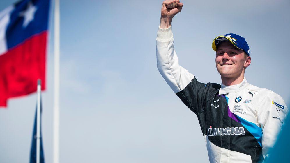 Günther gewinnt das Rennen in Santiago de Chile - Bildquelle: PIXATHLONPIXATHLONSID