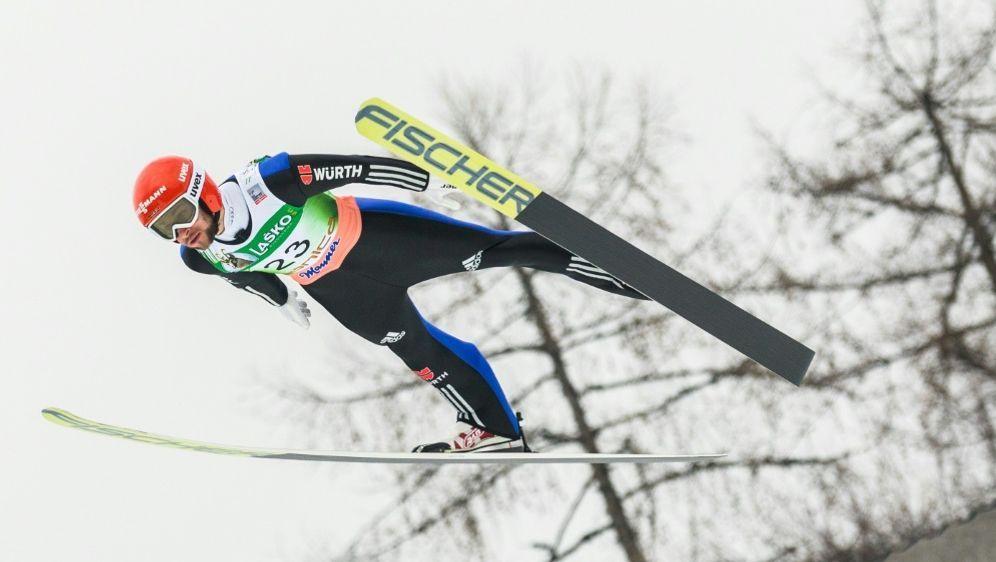 Eisenbichler springt in der Qualifikation auf Rang vier - Bildquelle: PIXATHLONPIXATHLONSID