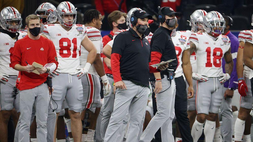Das Finale im College Football droht um eine Woche nach hinten verschoben zu... - Bildquelle: 2021 Getty Images