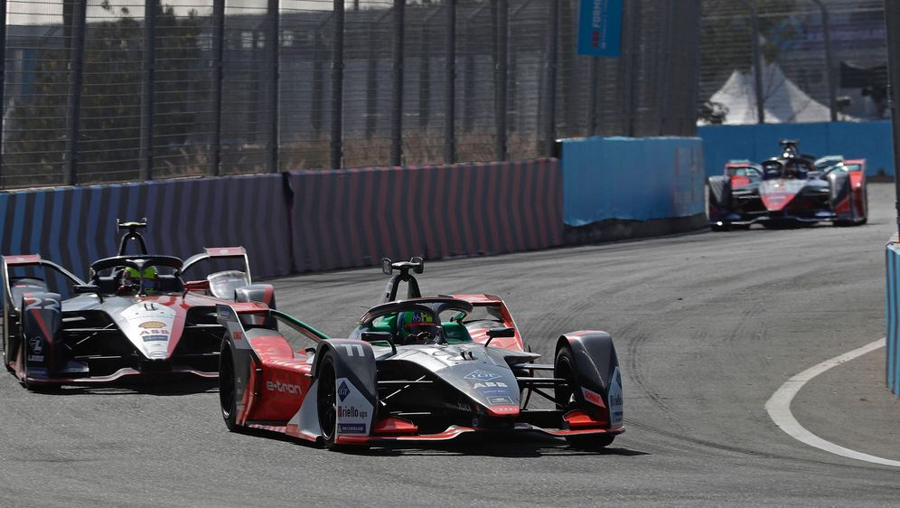 Der Saisonstart der Formel E wird verschoben. - Bildquelle: imago images/Kr‰ling