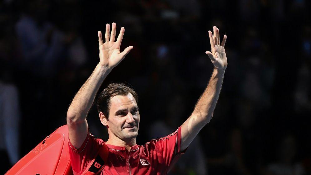 Roger Federer trifft im Finale auf Alex de Minaur - Bildquelle: AFPSIDFABRICE COFFRINI