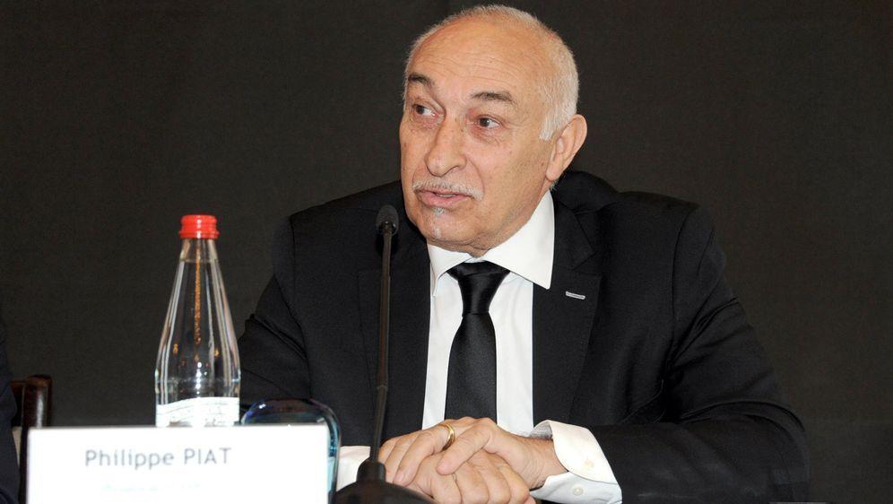 FIFPro-Präsident Philippe Piat will Spieler schützen - Bildquelle: Imago