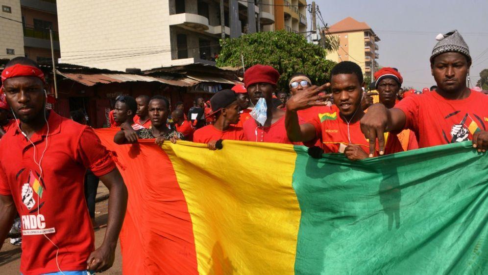 Guinea revidiert die Absage für Olympia - Bildquelle: AFPSIDCELLOU BINANI