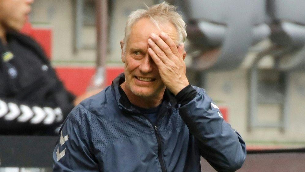 Freiburg und Trainer Streich verpassen Befreiungsschlag - Bildquelle: FIROFIROSID