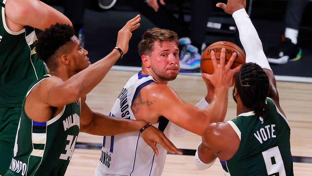 Mit einer Monsterleistung gegen die Bucks sorgt Luka Doncic wieder für Aufse... - Bildquelle: Getty Images