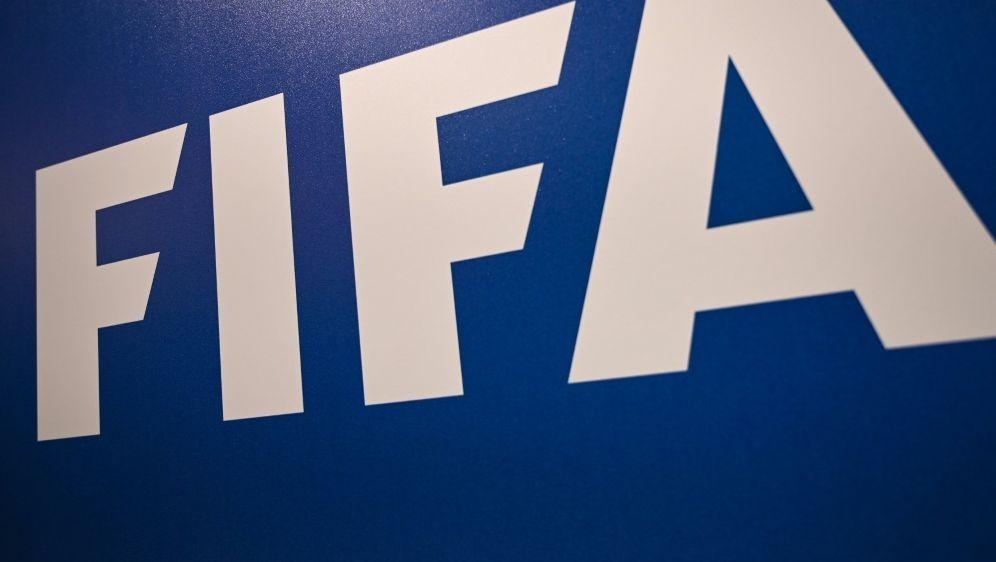 "FIFA: Kampagne ""#SafeHome"" gegen Gewalt gegen Frauen - Bildquelle: AFPSIDOZAN KOSE"
