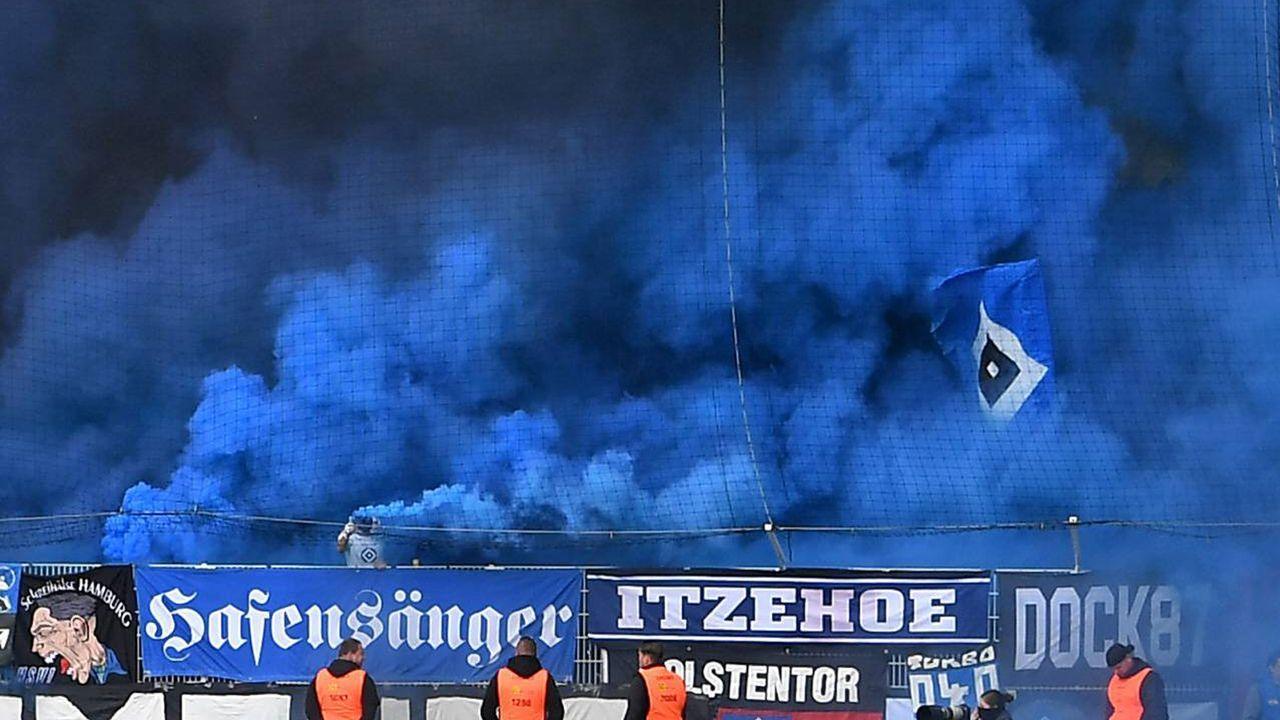 Platz 1: Hamburger SV - Bildquelle: imago images / Bernd König