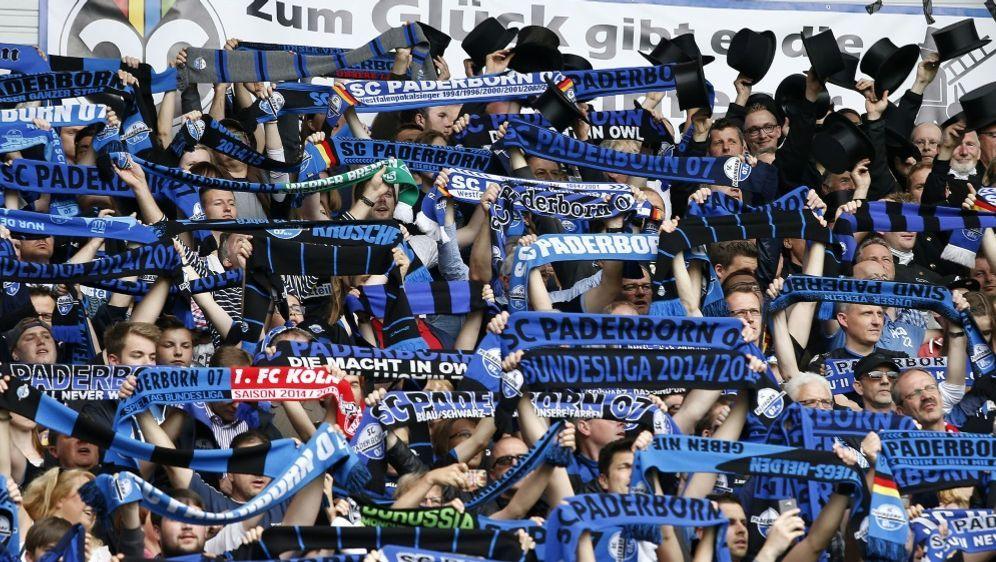 Paderborner Fans könnten dem Stadion bald fernbleiben - Bildquelle: AFPSIDNORBERT SCHMIDT