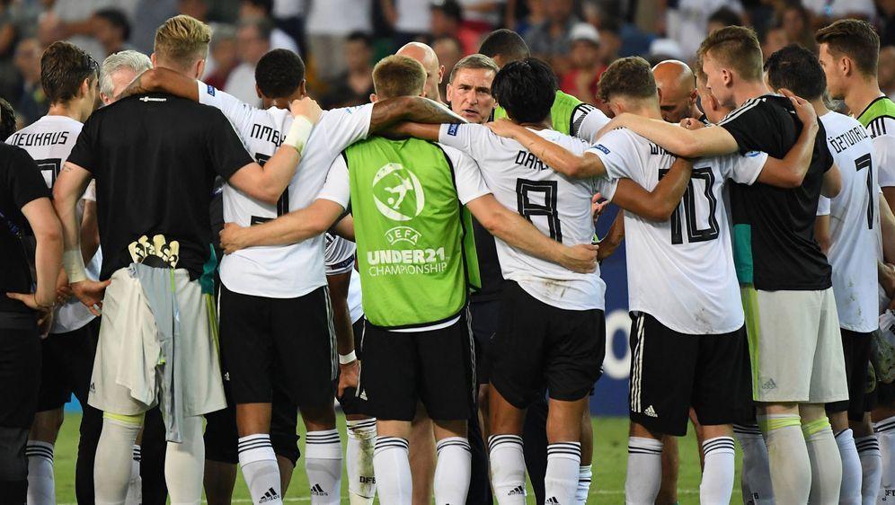 Es hat nicht sollen sein: Die DFB-Junioren unterliegen im EM-Finale gegen Sp... - Bildquelle: imago