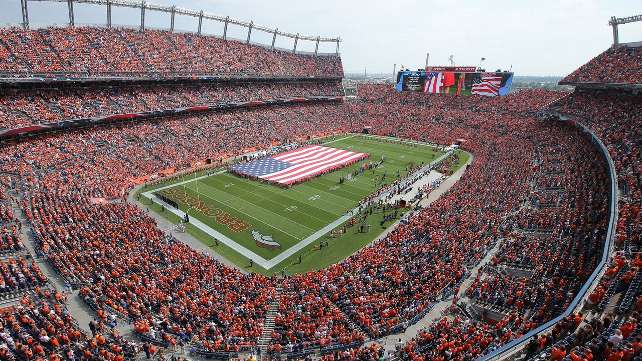 Denver Broncos: Sports Authority Field at Mile High - Bildquelle: Getty Images