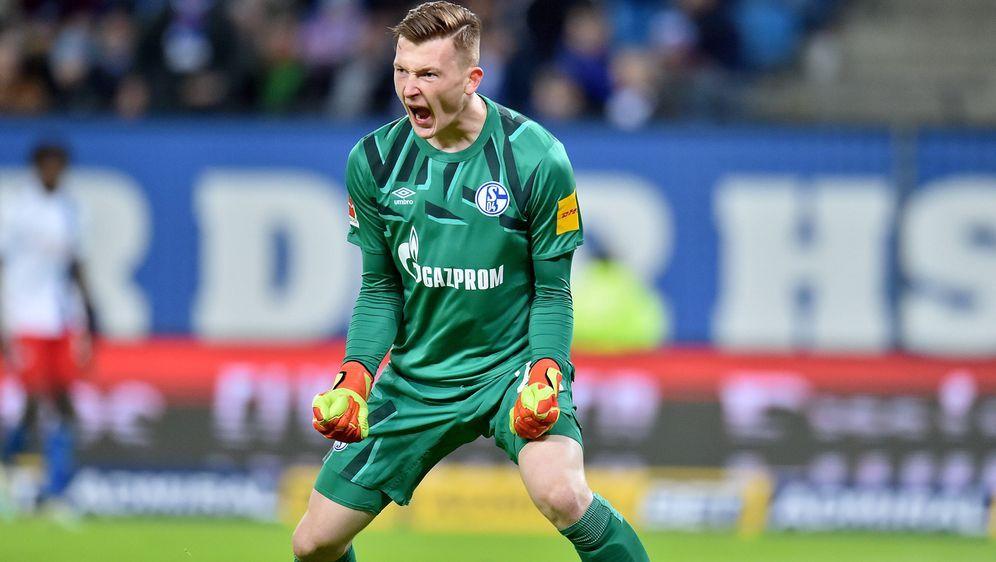 Markus Schubert ist im Tor die Zukunft des FC Schalke 04 - Bildquelle: imago images/osnapix