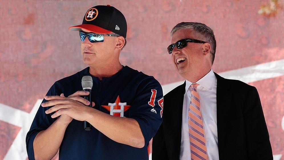 Werden für längere Zeit aus dem Verkehr gezogen: Ex-Astros-CoachA.J. Hinch ... - Bildquelle: getty
