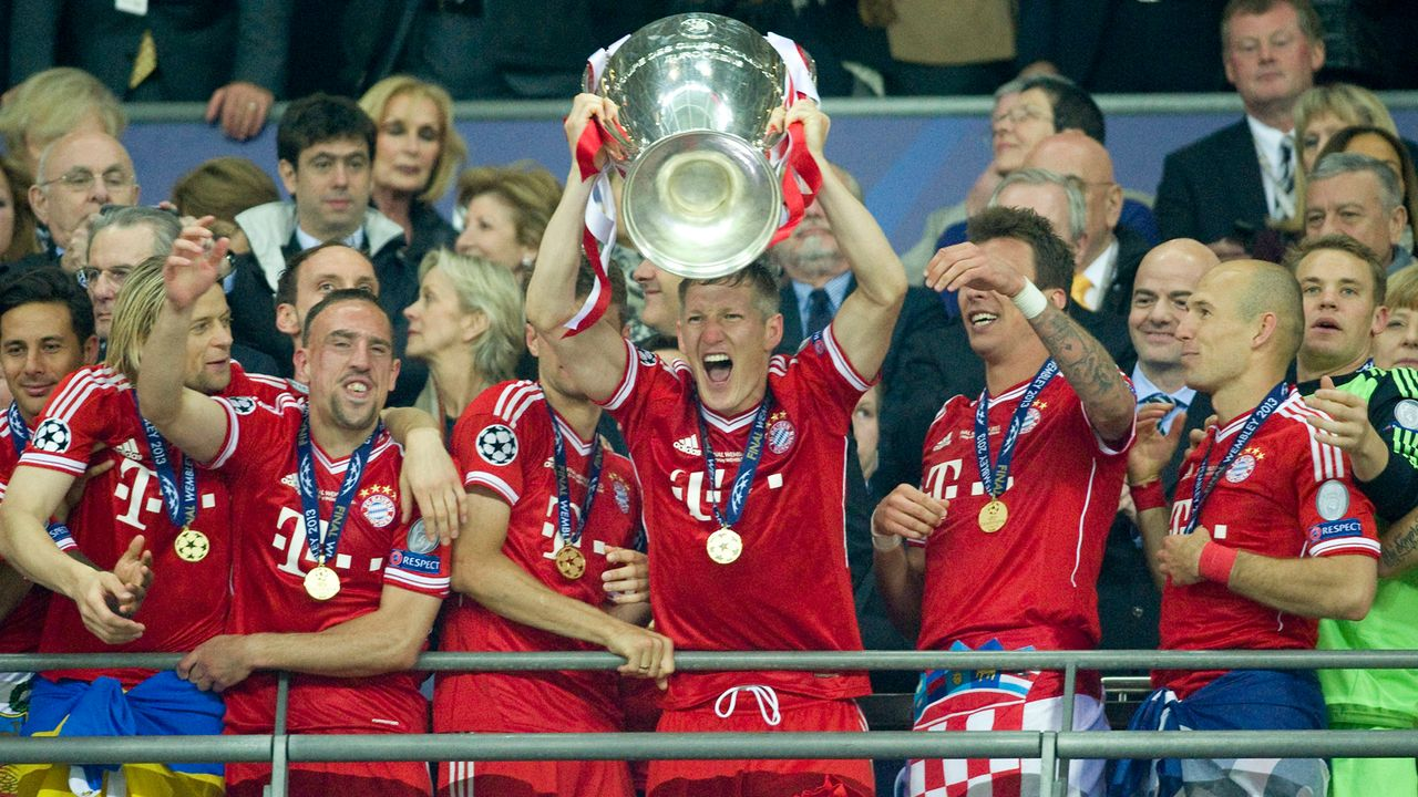 FC Bayern München (2013) - Bildquelle: imago images/Sven Simon