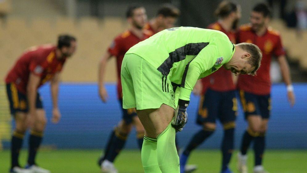 Manuel Neuer kassierte sechs Gegentore im Rekordspiel - Bildquelle: AFPSIDCRISTINA QUICLER