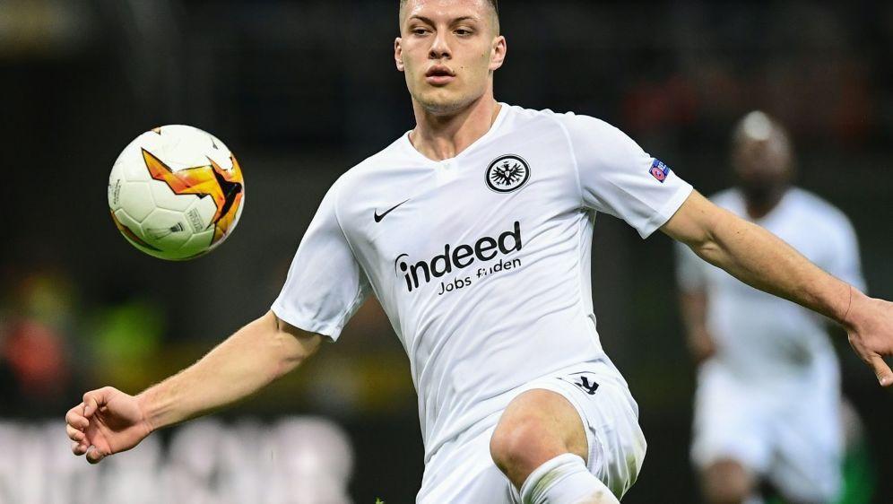 Jovic kehrt auf Leihbasis zu Eintracht Frankfurt zurück - Bildquelle: AFPSIDMIGUEL MEDINA