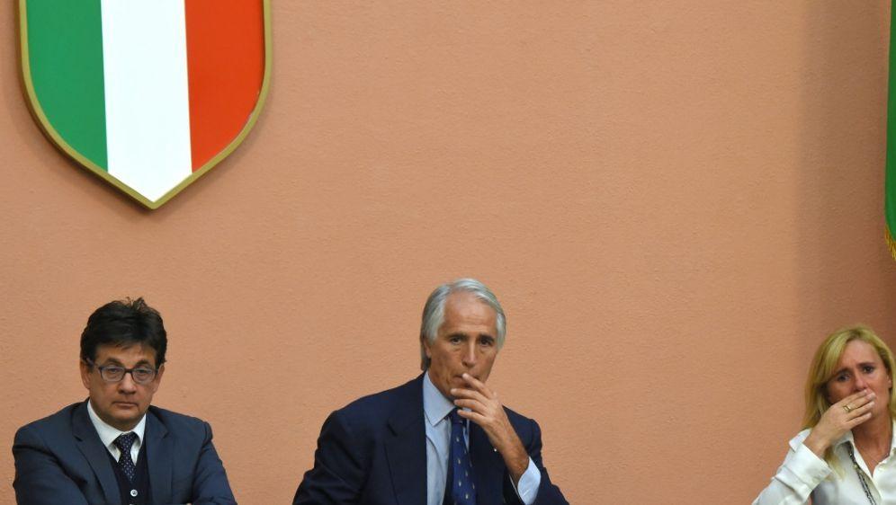 Coronavirus: Italien setzt Mannschaftswettbewerbe aus - Bildquelle: AFPSIDANDREAS SOLARO
