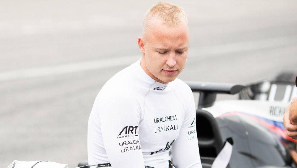 Nikita Masepin. - Bildquelle: imago images/Motorsport Images