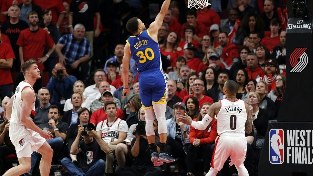 Curry kam auf 37 Punkte - Bildquelle: AFPGETTY SIDJONATHAN FERREY