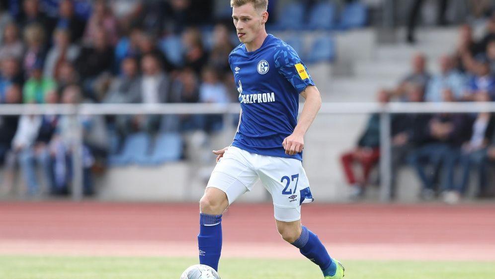 Jonas Carls spielt bis Saisonende für Viktoria Köln - Bildquelle: FIROFIROSID