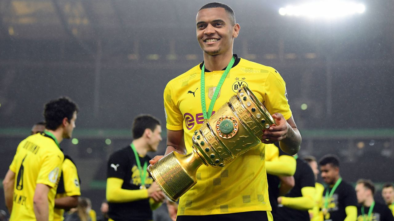 Platz 8 (geteilt): Manuel Akanji (Borussia Dortmund) - Bildquelle: Imago
