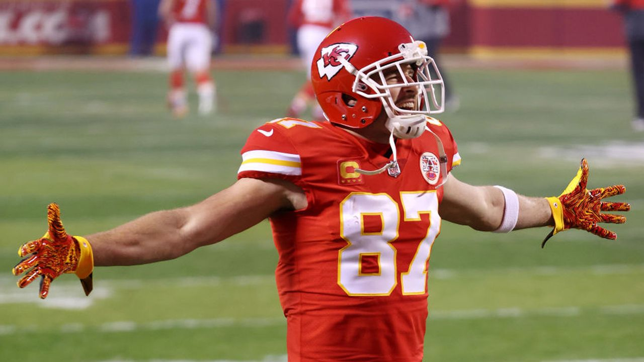 Gewinner: Travis Kelce - Bildquelle: 2021 Getty Images